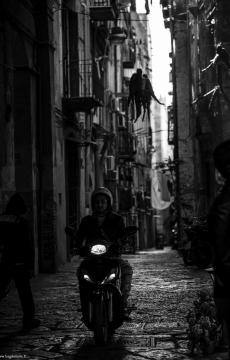 Motoroleriai Neapolyje